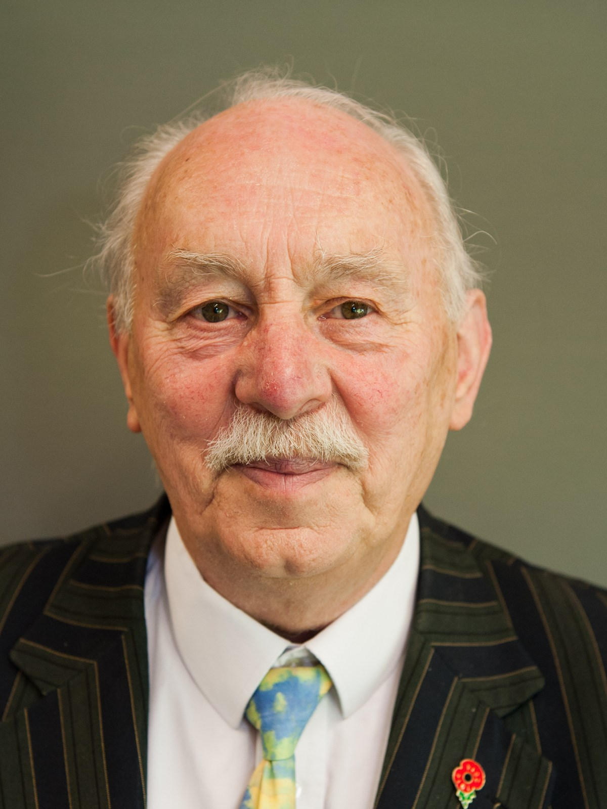 Photo of Councillor Peter Moore