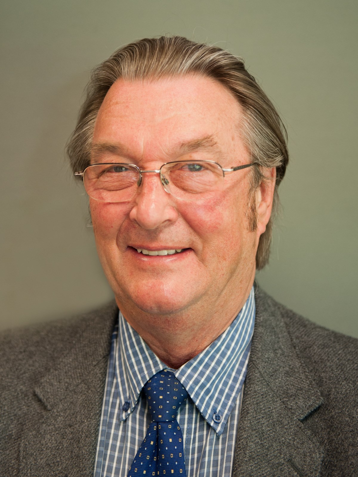Photo of Councillor Roy Reynolds