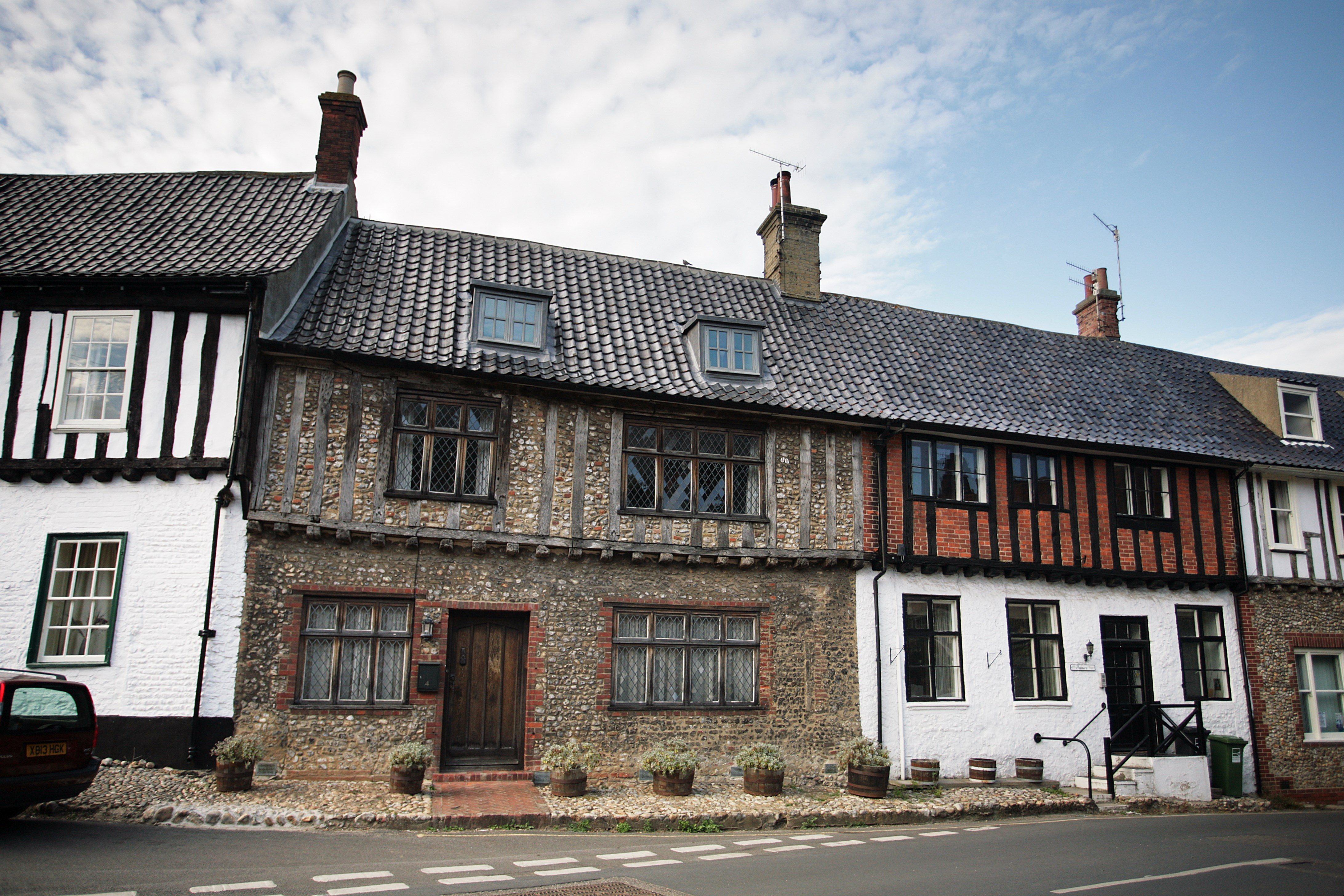 What are Listed Buildings?